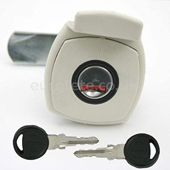 Cerradura porton cuadrado tirador blanco y 2 llaves Zadi autocaravana caravana 1